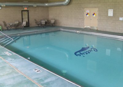 indoor-pool-cuttys-camping-resort-iowa